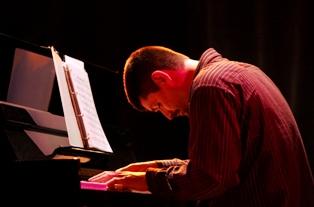 Thierry au piano