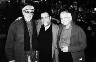 Tommy hanging' with good pals, the multi-instrumentalist jazz legend